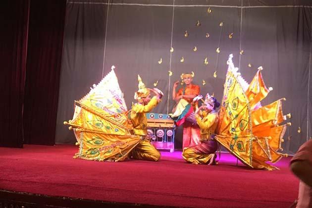 Kinnari & Kinnara Dance in Karaweik Palace