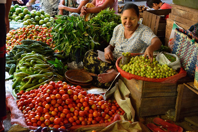 A Burmese woman selling her product in the local Nyaung U Market in Bagan