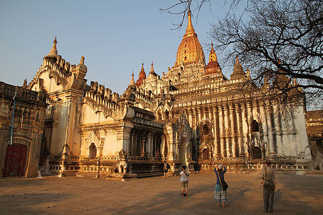 Irrawaddy River Cruise – 11 Days