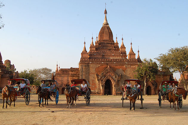 Explore Bagan by horse cart - unique experience in Burma river cruise