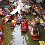 Floating Market Damnoen Saduak in Bangkok