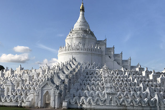 Hsinbyume Pagoda is a one of the torist attractions to visit in Mingun