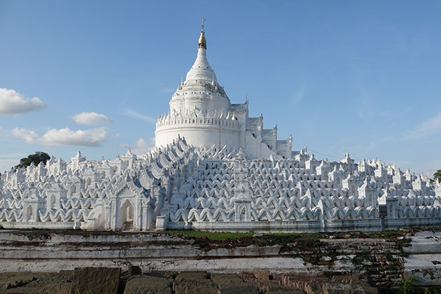 Hsinbyume Temple in Mandalay is one of the most popular tourist attractions to visit in Myanmar tour 17 days