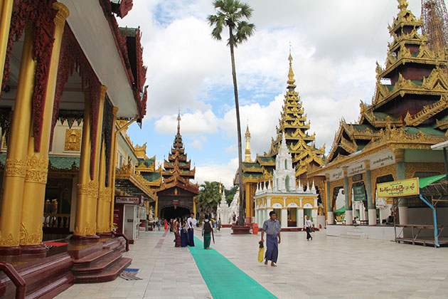 Shwedagon Pagoda-one of the most beautiful pagodas in Myanmar to visit in myanmar thailand tour