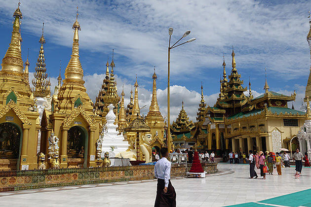Shwedagon-Pagoda-one-of-the-most-glorious-Buddhist-sites-in-the world