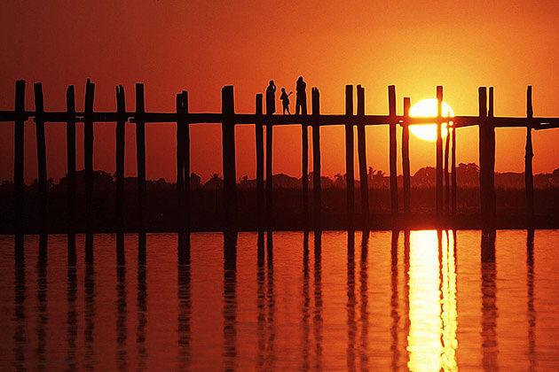 U Bein Bridge in sunset time