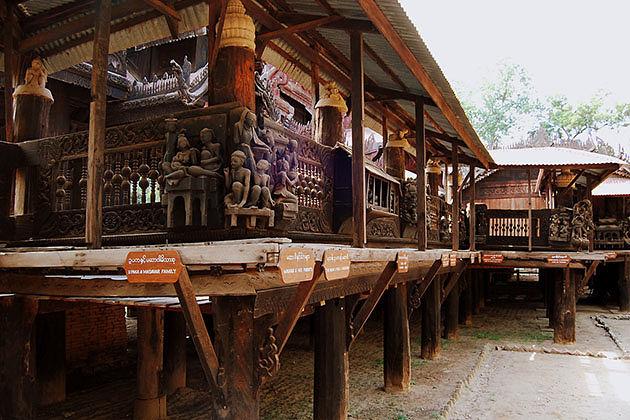 Yoke sone Kyaung monastery