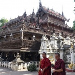 meet the monks at Shwenandaw Monastery