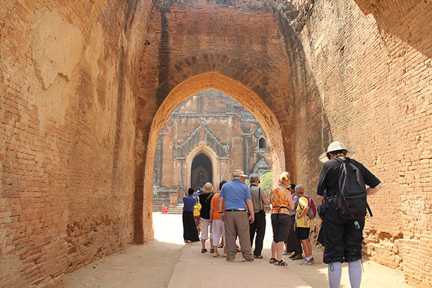 Dhammayangyi-Temple-the largest temple to visit in bagan-tours