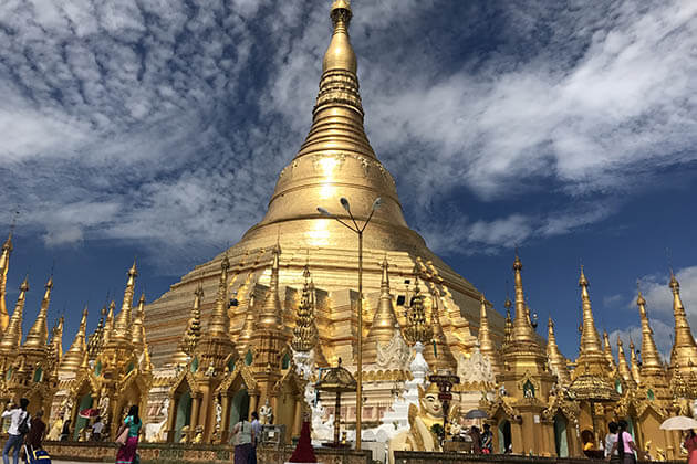 Shwedagon Pagoda- the most beautiful landmark of yangon-myanmar luxury tour packages
