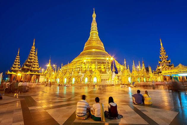 Shwedagon pagoda-Honeymoon in Myanmar