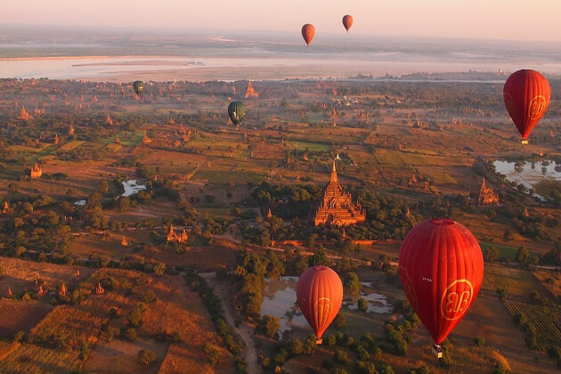 bagan trips with a view from above
