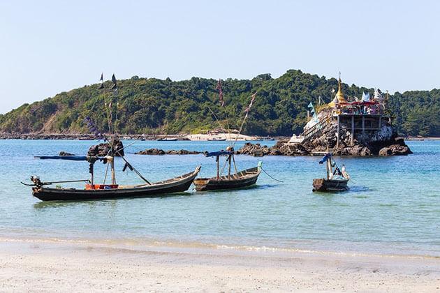 ngapapli beach