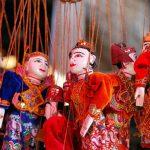 pupet-in-Nyaung-u-market-Bagan tour packages