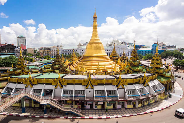 sule pagoda - ideal place to visit in Yangon