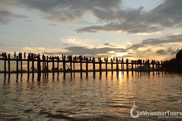 Watching u bein bridge in sunset is one of the best things to do in Myanmar tours