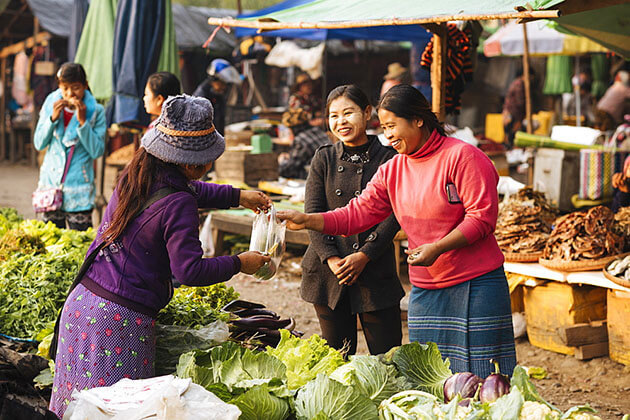 hsipaw morning market