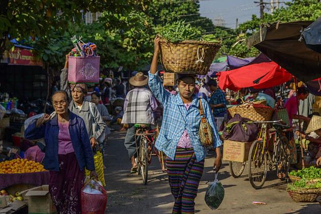 zegyo market-mandalay