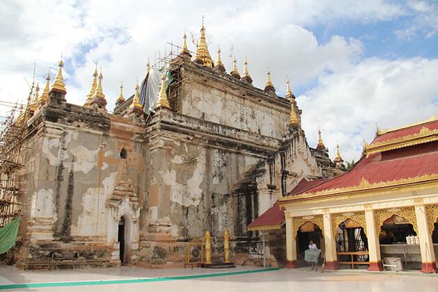 Manuha Temple
