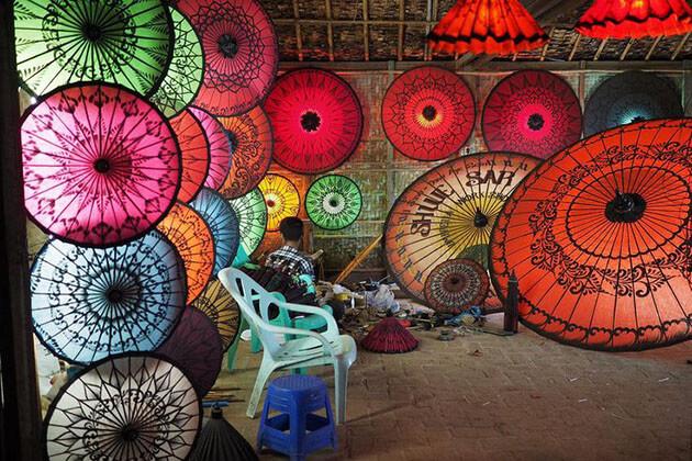 visit traditional shan and umbrella making-pindaya things to do