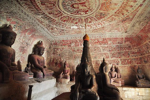 Bhudda image in Pho Win Taung cave