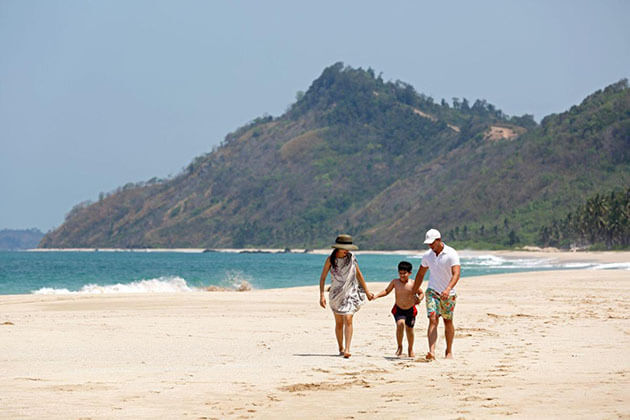 fulfill Myanmar family holiday in pristine beaches