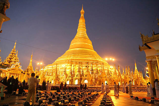 shwedagon temple a not to miss destination in Myanmar photography tour