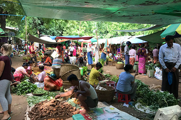 the fresh Nyaung U Market is where to gaze out at the life of the local people in Bagan