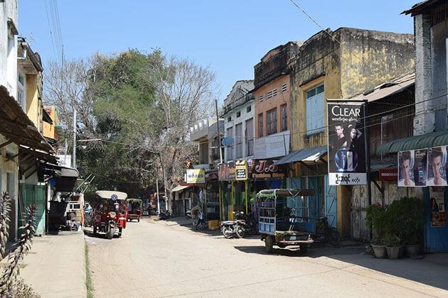 the tranquil Thayet Myo town