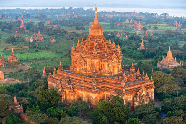 Htilominlo temple bagan