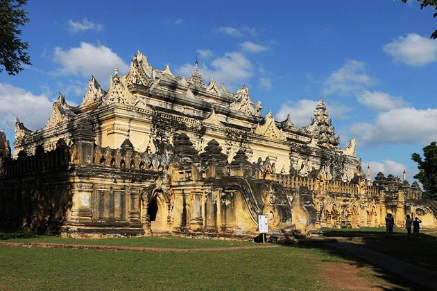 Maha Aungmye Bonza Monastery is the finest example of the brick monastery of Burma in the 19th century