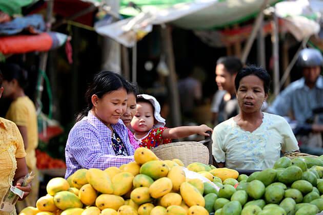 Pakokku market