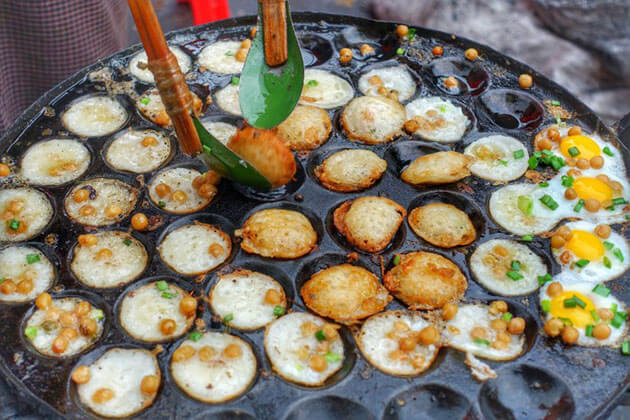 Yay kyau bain mont is a must try street food in yangon