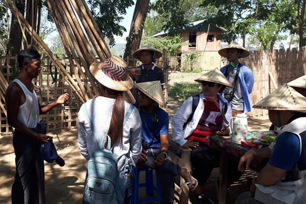 interact with the villagers in Sinkyun Village
