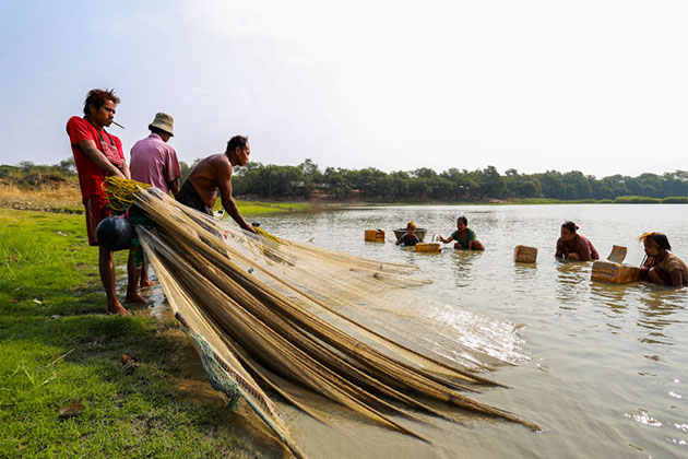 life of the local people near Uyu River