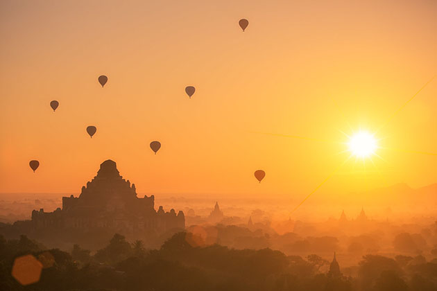 the fancy beauty bagan hot air balloon in the morning