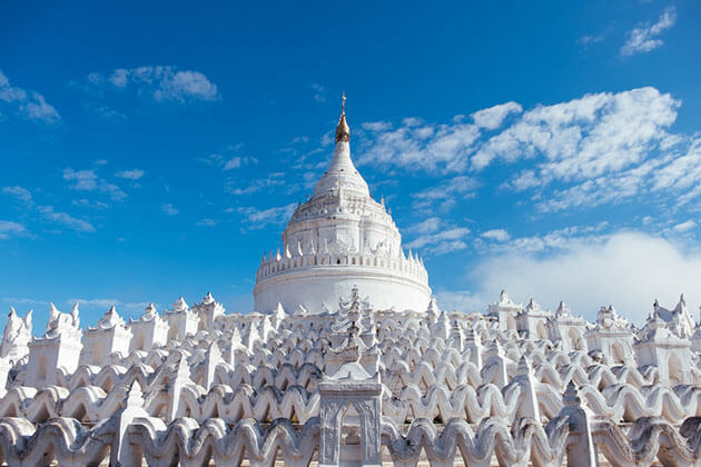 the white-washed Hsinybyume temple is built as the shape of mt Meru