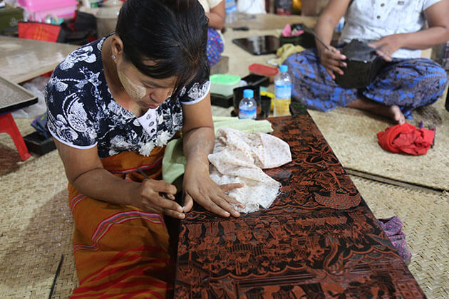 local lacquerware workshop is one of the highlights of a bagan tour