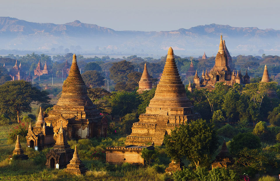 marvel at the countless temples in Bagan tour