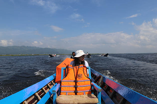 boat trip in Inle Lake is an amazing experience in Myanmar vacation 2019 2020