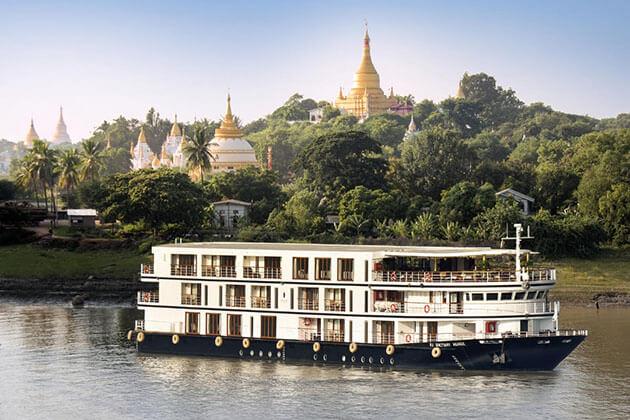 enjoy Myanmar river cruise in Myanmar Laos tour