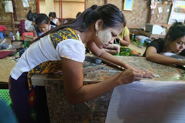 local lacquerware workshop in bagan