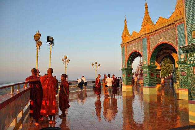 mandalay hill - attraction for burma itinerary 1 week