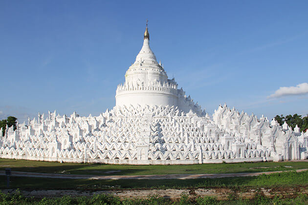 hsinbyume temple - great attraction for irrawaddy river cruise