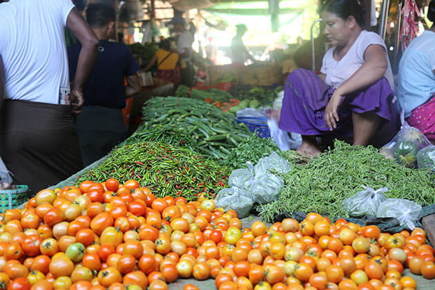 Bagan temperature during daylife is high - Bagan local market